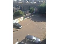 MULTIPLE CAR PARKING SPACES AVAILABLE. MINUTES FROM CITY/BETHNAL GREEN TUNE