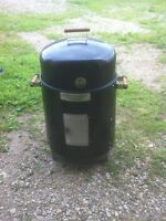 Smoker BBQ mint condition $60