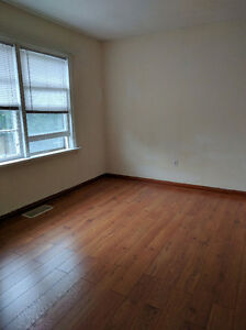 riplux 2Beds+Huge LivingRm Apt in Downtown All inclusive+Hydro Kitchener / Waterloo Kitchener Area image 6