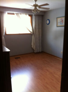 Furnished Room for rent at Bayview Village, daily weekly monthly