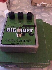 Electroharmonix Big Muff Pi for bass effects pedal