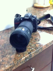 Nikon D300 with 80-200 Zoom Lens