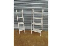 Set of two shelves