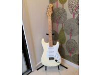 Fender Stratocaster Eric Clapton white satin