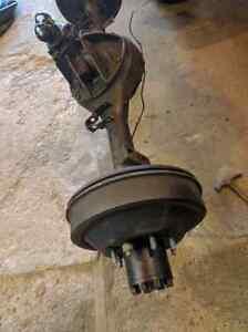 Eaton H072 rear axle London Ontario image 2
