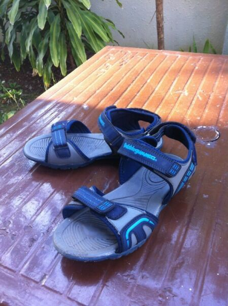 Bubble Gummers sandals Size 5.  Seldom use and in good condition.
