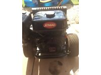 Petrol pressure washer heavy duty. 420cc 3,000psi