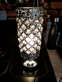 Crystal design table lamp