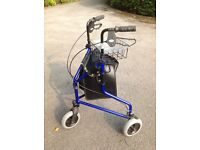 Lightweight 3 wheel rollator