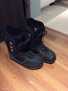 Men's size 10.5 snowboard boots