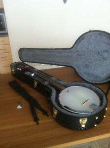 Banjo, with hardshell case, gig bag, strap & fingerpicks