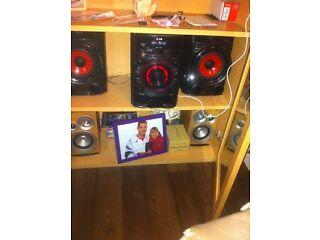 Lg stereo 300 watt vgc £65