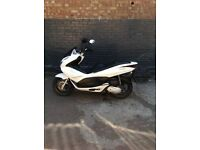 EXCELLENT CONDITION HONDA PCX PCX125 1 YEAR MOT