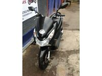 HONDA PCX FOR SALE - 1 YEAR MOT - LOW MILEAGE - GOOD CONDITION - STERLING BIKES