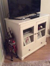 White sturdy TV unit