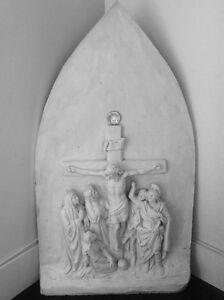 Station de chemin de croix - La Crucifixion
