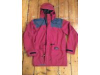 Macpac Goretex jacket in small - great condition