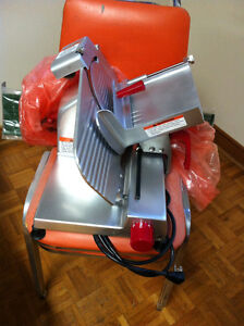"""Axis Commercial 9"""" Slicer"""