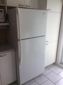 Réfrigérateur 18.1' de marque Whirlpool