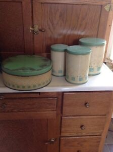 Vintage canister set. Perfect for a country looking kitchen.