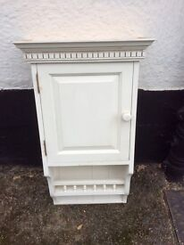 Cabinet / cupboard / shabby chic