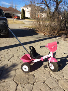 Tricycle with removable push handle