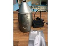 Electric wine bottle cooler/warmer