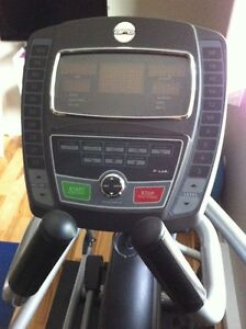 Gym Quality Elliptical Machine For Sale