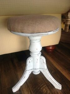 Piano stool. Shabby chic  Belleville Belleville Area image 1