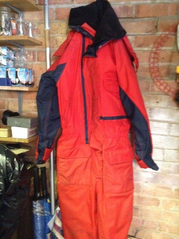 Floatations suit