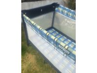 Graco travel cot / play pen