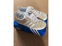 LADIES ADIDAS GAZELLE TRAINERS SIZE 5.5