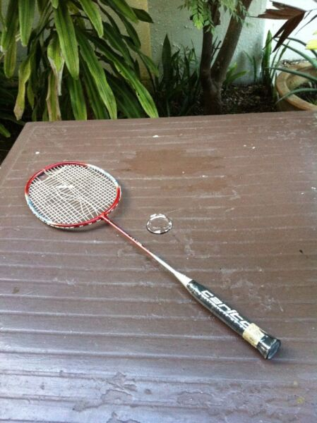 Carlton Ultra 66 badminton racket. Need to be restring.