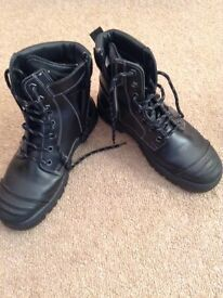 Surplus Goliath steel toe cap safety boots size 7 / 41