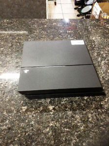 Playstation 4 (u028700)
