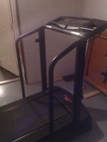 Treadmill excellent condition 519-564-2200