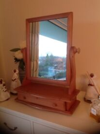 Solid Pine Dressing Table swing mirror with drawer.