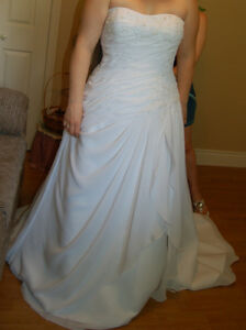 White Wedding gown - Size 12