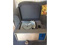 Vintage/Retro Defiant HF3 Portable record player with Garrard turntable