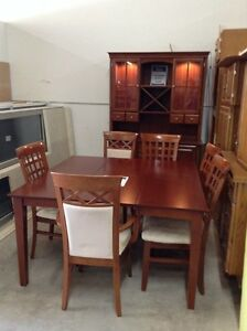 Palliser table and hutch