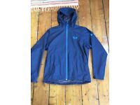 Mountain Hardwear waterproof jacket in medium and only worn a couple of times