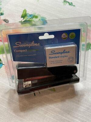 New Swingline Compact Desk Stapler With Staples Free Ship