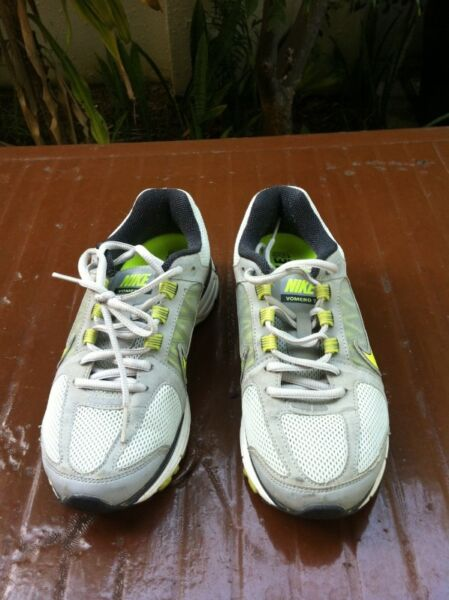 Nike Vomero 7. Size US 6 UK 3.5 CM 23.   In good condition.