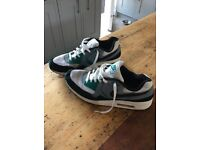 Nike Air Max size Men's 11