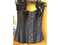Black detailed corset