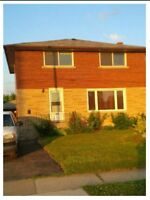 FOUR BEDROOM HOUSE FOR SALE IN WELLAND 102 GOLDEN BLVD EAST