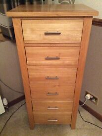 Solid oak wood chest of drawers