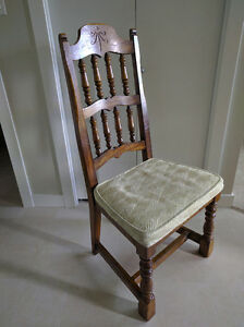 6 Solid Wood Dining Room Chairs -- 100 OBO