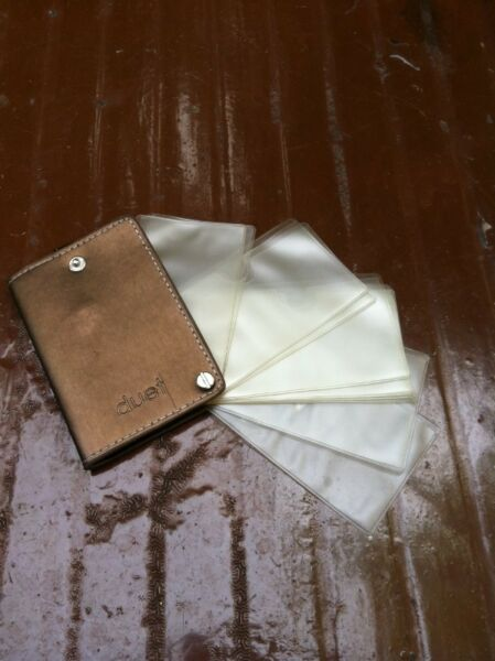 Duet card holder. In good condition.