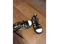 Rare kids converse size 7 great cindition